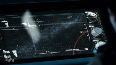 The Expanse S1x02 Scanners detect trouble - incoming debris