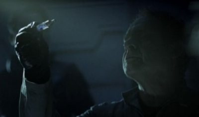 The Expanse S1x09 Dresden takes samples from Julie