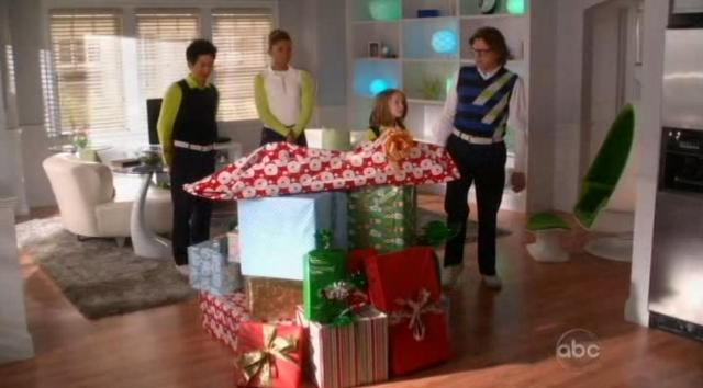 The Neighbors S1x09 Bloated pile