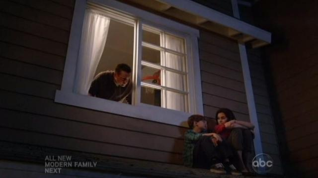 The Neighbors S1x10 Max and Debbie on the roof