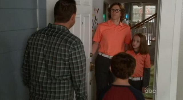 The Neighbors S1x15 Busted7