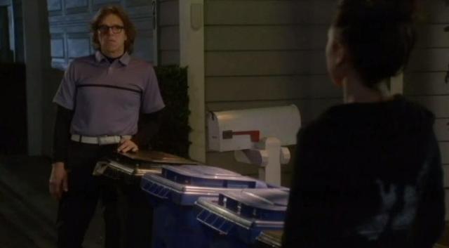 The Neighbors S1x15 Garbage nite 28
