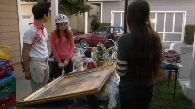 The Neighbors S1x21 Amber, Reggie, Gissell and Ambers bf