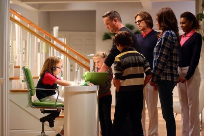 The Neighbors S2x01 - The Family Conference begins!