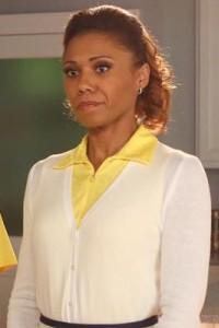 The Neighbors S2x01 - Toks Olagundoye as Jackie Joyner-Kersee