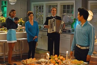 The Neighbors S2x06 - Jackie, Debbie get ready for Reggie and Ambers dinner with Patrick O'Sullivan as Johny Unitas!