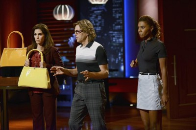"""The Neighbors S2x07 - Debbie Larry and Jackie meet the Sharks in """"We Jumped the Shark (Tank)"""""""
