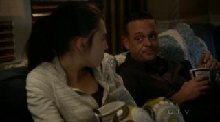 The Neighbors 02x14 Amber and Marty watch Love Actually