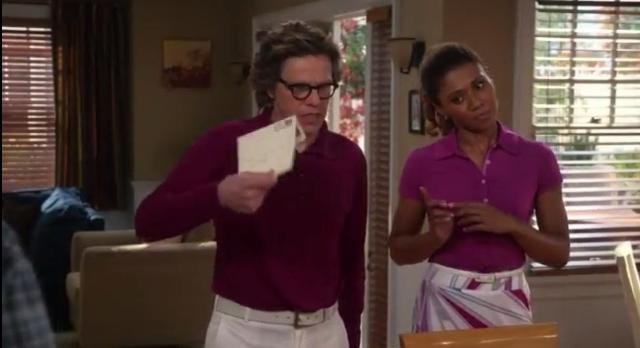 The Neighbors S2x17 Larry and Jackie with an envelope
