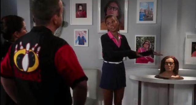 The Neighbors S2x20 A gallery of Larry