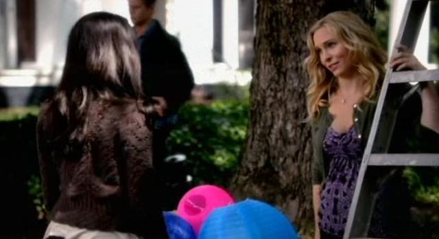 The Vampire Diaries 3x07 Bonnie and Caroline prepare for festival