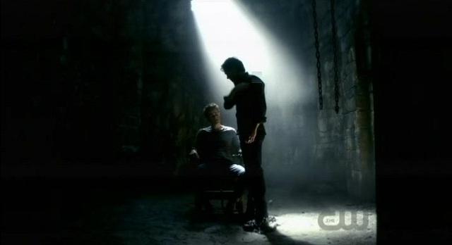 The Vampire Diaries S3x08 - Damon frees Stefan