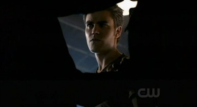 The Vampire Diaries S3x08 - Mikael threatens to rip Damon's heart out