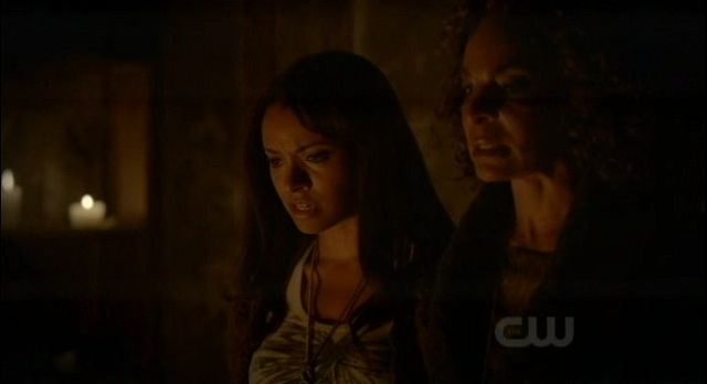 The Vampire Diaries 3x07 Bonnie and Grams start the spell
