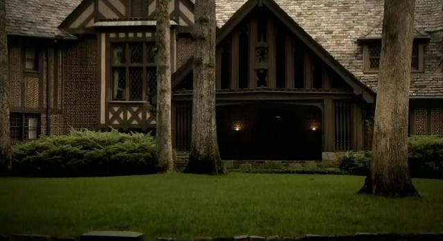 The Vampire Diaries S3x09 - Salvatore Estate