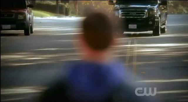 The Vampire Diaries S3 x 10 Jeremy standing in road
