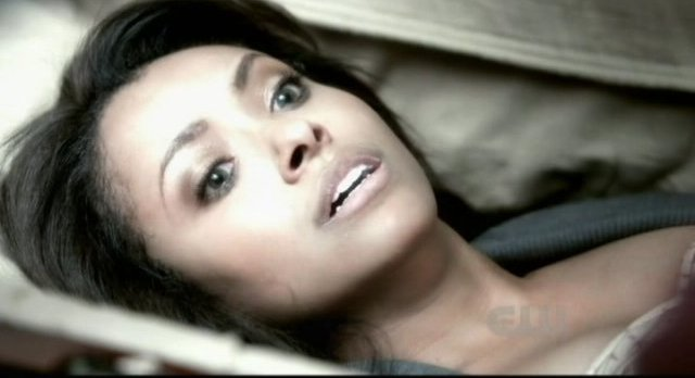 The Vampire Diaries S3x12 - Bonnie awakens from the nightmare