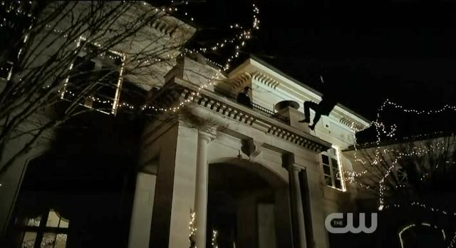 The Vampire Diaries S3x14 Damon throws Kol over balcony
