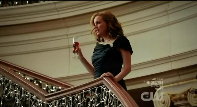 The Vampire Diaries S3x14 Esther giving her toast