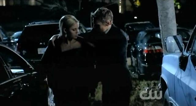 The Vampire Diaries S3x14 Matt giving Rebekah his coat