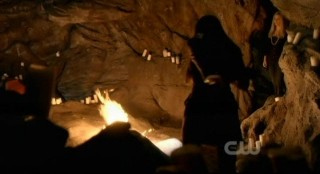 The Vampire Diaries S3x15 - A fire erupts on Elena