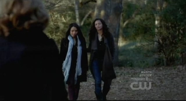 The Vampire Diaries S3x15 - Bonnie and her mother go to meet Esther