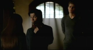 The Vampire Diaries S3x15 - Damon and Stefan are flippant