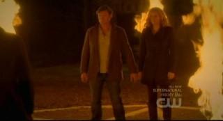 The Vampire Diaries S3x15 - Flames shoot up at teh pentagram