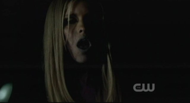 The Vampire Diaries S3x15 - Rebekah turns ashen white and collapses