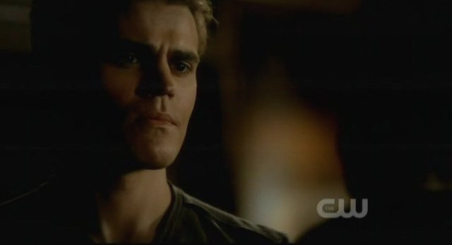 The Vampire Diaries S3x15 - Stefan looks serious
