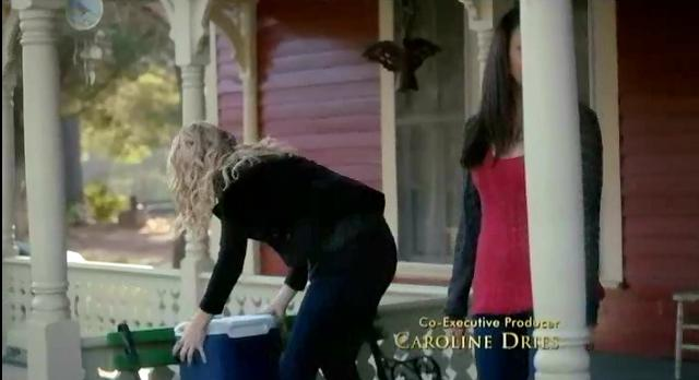 The Vampire Diaries S03x17 Caroline and Bonnie