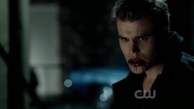 The Vampire Diaries 3x16 - Stefan's mad face is covered with blood