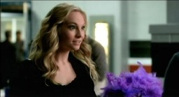The Vampire Diaries S3x19 Caroline talking to Matt