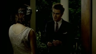 The Vampire Diaries S3x20 - Stefan picks Elena up to go to the dance