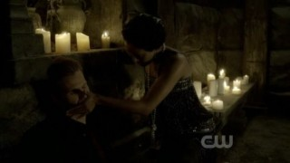 The Vampire Diaries 3x20 - Boonie feeds Alaric and he comes back to life