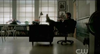 The Vampire Diaries S3x21 Alaric in his classroom
