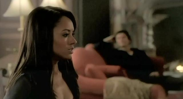 The Vampire Diaries S3x21 Bonnie and Damon waiting for Abby