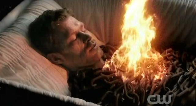 The Vampire Diaries S3x22 Alaric killed Klaus