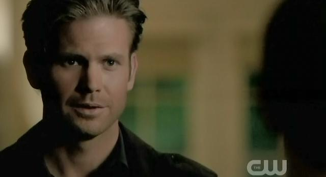 The Vampire Diaries S3x22 Alaric's ghost