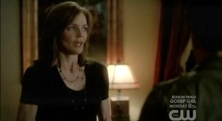 The Vampire Diaries S3x22 Carol telling Tyler and Caroline to leave town
