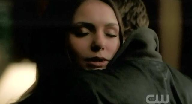 The Vampire Diaries S3x22 Elena hugging Stefan