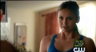 The Vampire Diaries S3x22 Elena waking up