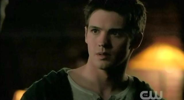 The Vampire Diaries S3x22 Jeremy talking to Alaric