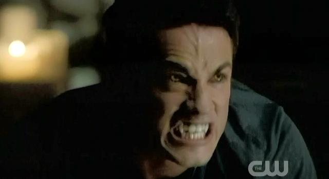 The Vampire Diaries S3x22 Tyler turning into a wolf