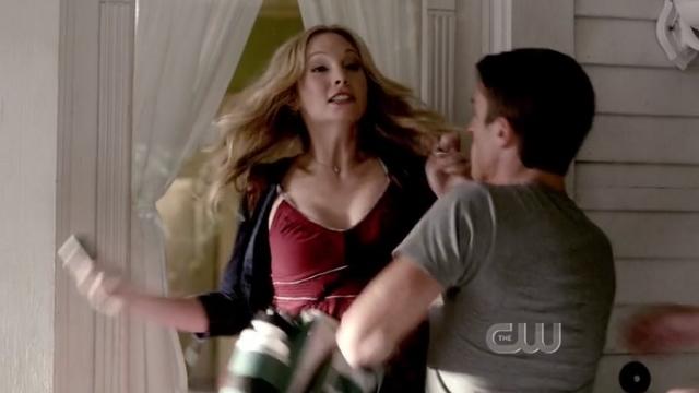 The Vampire Diaries S4x01 - Sweet Caroline's abduction