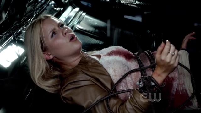 The Vampire Diaries S4x01 - Bekah is left behind