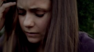 The Vampire Diaries S4x01 - Elena loses her mind, or barely