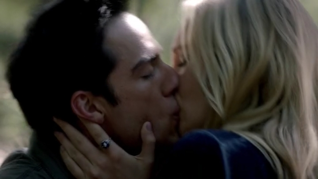 The Vampire Diaries S4x01 - Glorious kissing scene between Ty and Caroline
