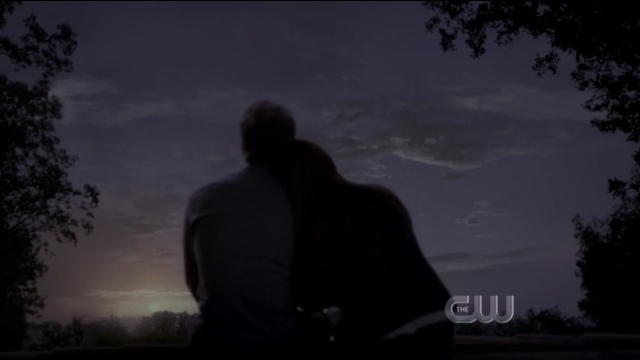 The Vampire Diaries S4x01 - Stephan and Elena