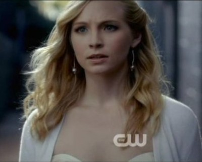 The Vampire Diaries S4x09 - Caroline meets up with Stefan